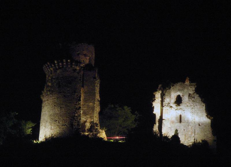 noc-na-hrade-171