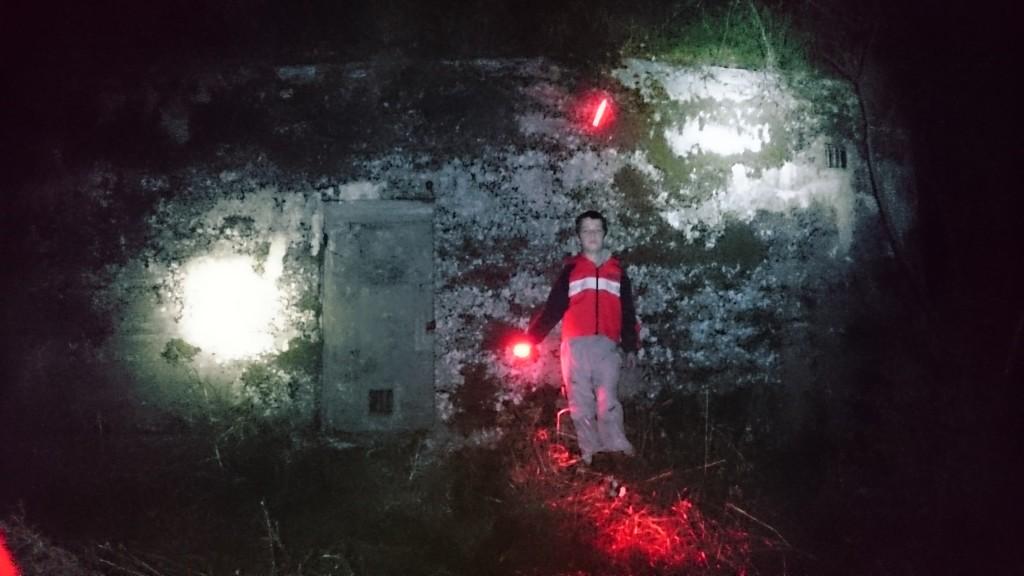 Svetlá nad bunkrami, ROPík červený