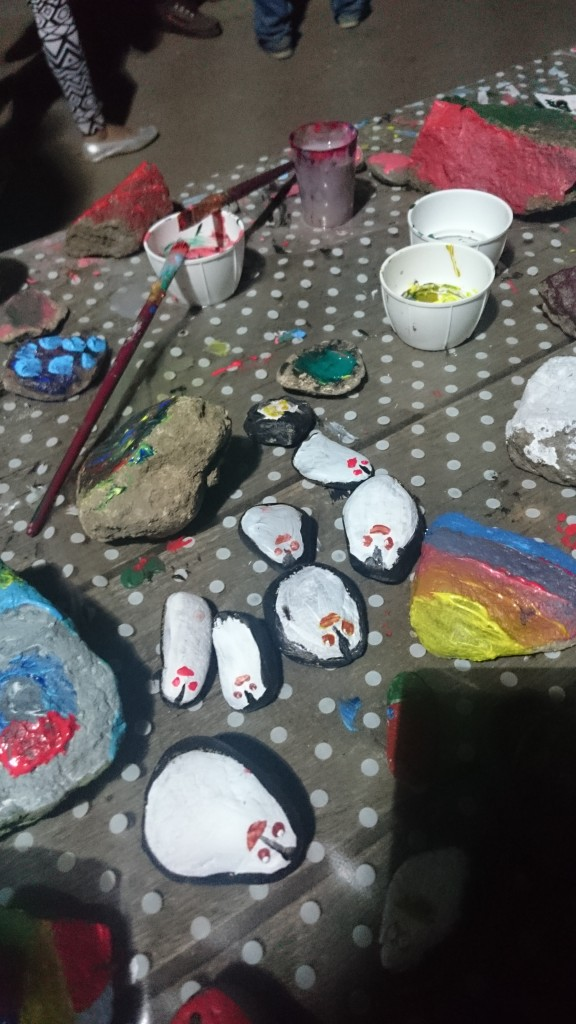 Čo deti na kamene maľovali