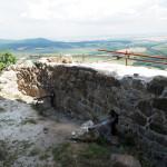 východný múr - parkán - III